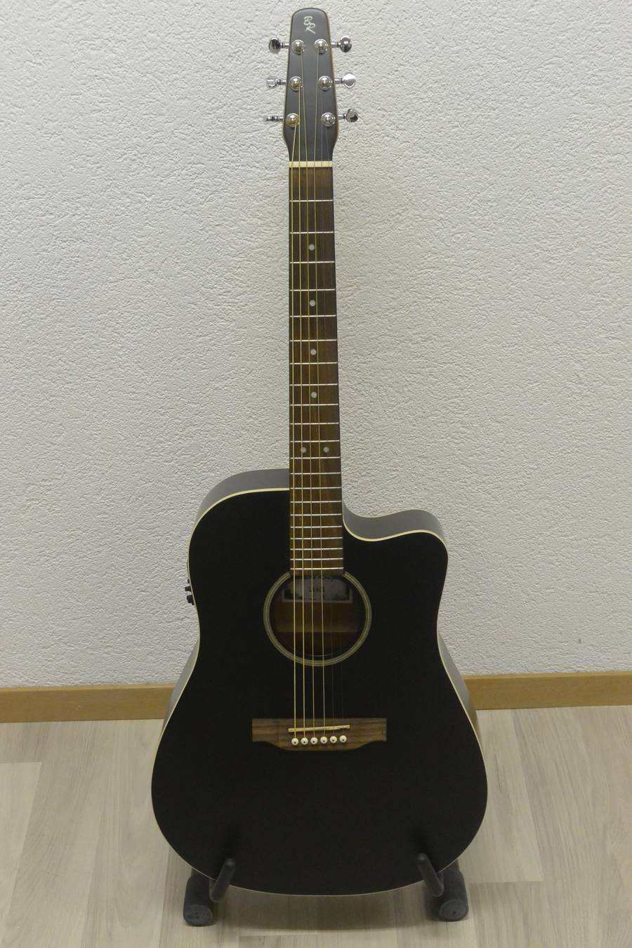 guitare acoustique baton rouge L6BCE frs 555.00