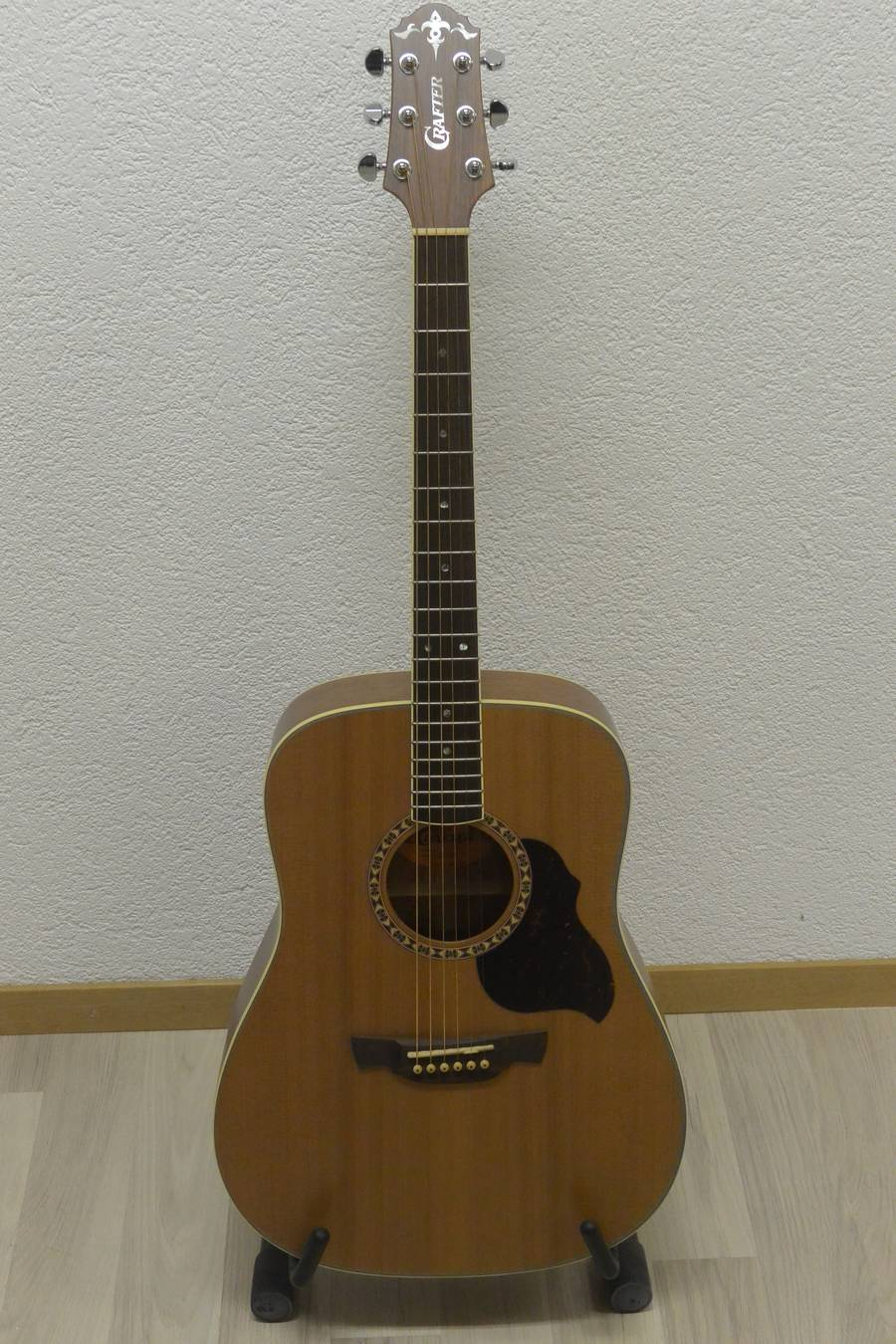 guitare acoustique crafter D7N frs 495.00