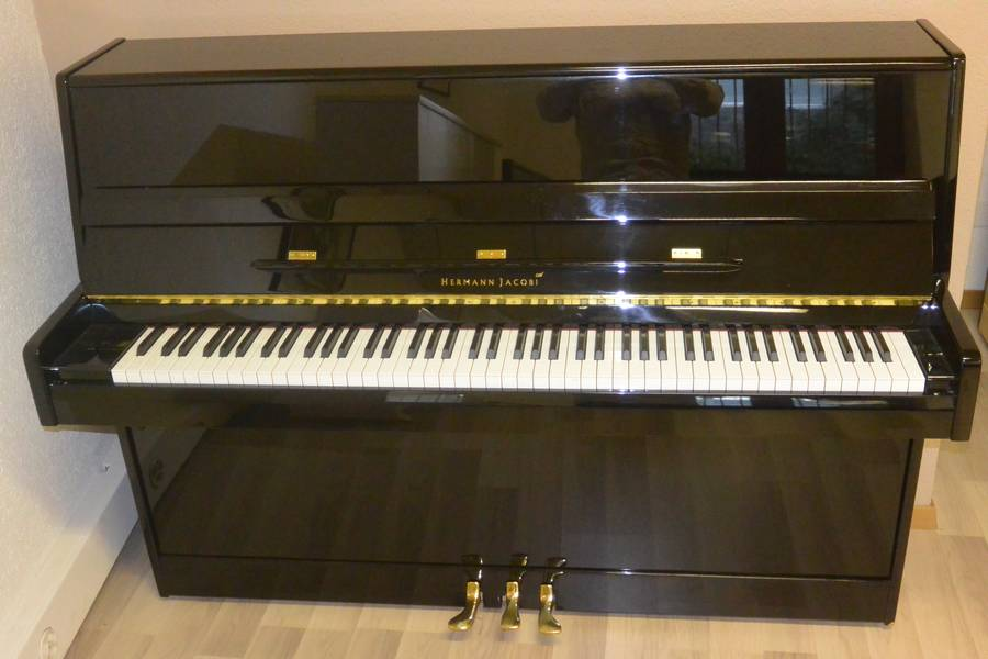 piano neuf hermann-jacobi st-moritz