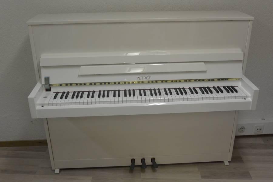 piano neuf petrof 118