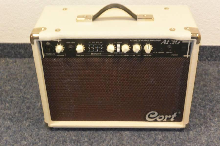 Ampli guitare acoustique Cort